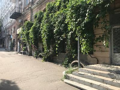 Коммерческая недвижимость банкетного зала 150 м² в Одессе на Бунина | Hiworking.com