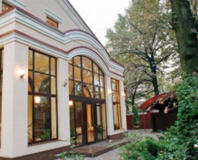 Коммерческая недвижимость отеля, гостиницы 1002 м² в Харькове на Лесопарковский | Hiworking.com