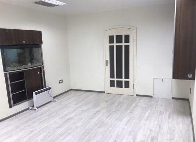 Продажа торговой точки 43 м² в Черновцах на Героїв Майдану | Hiworking.com