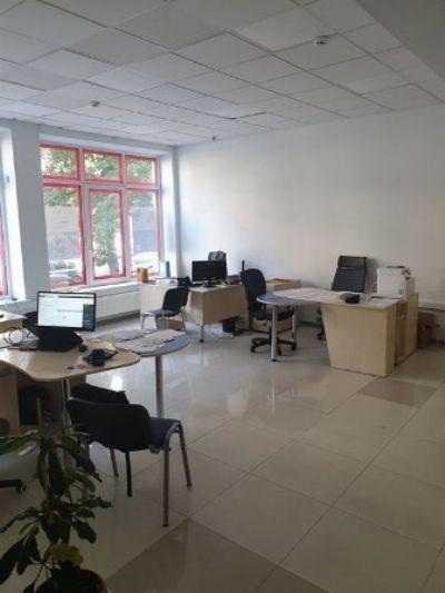 Аренда  коммерческого помещения 100 м² в Киеве на Щекавицкая   Hiworking.com