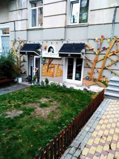 Коммерческая недвижимость кофейни 55 м² в Киеве на Паньковская | Hiworking.com
