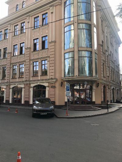 Аренда  коммерческого помещения 590 м² в Одессе на Вице Адмирала Жукова | Hiworking.com
