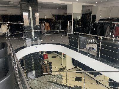 Коммерческая недвижимость магазина 424 м² в Днепре на Карла Маркса | Hiworking.com