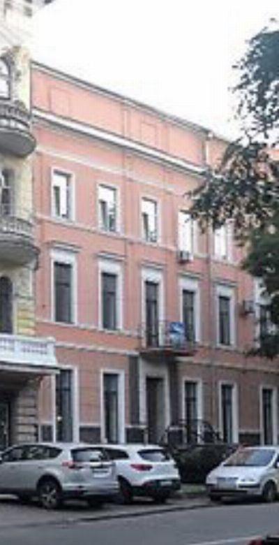 Аренда отдельно стоящего здания 750 м² в Одессе на Переулок Маяковского | Hiworking.com