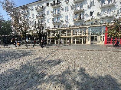 Аренда магазина 1000 м² в Одессе на Дерибасовская | Hiworking.com
