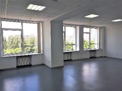 Коммерческая недвижимость офиса 88 м² в Киеве на Соборности | Hiworking.com