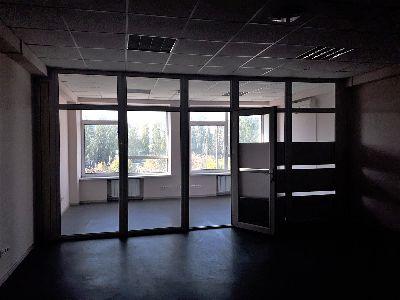 Коммерческая недвижимость офиса 63 м² в Киеве на Соборности | Hiworking.com