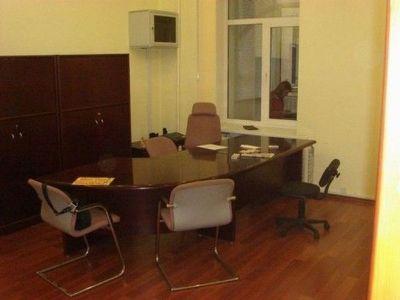 Коммерческая недвижимость офиса 80 м² в Киеве на Костельная | Hiworking.com