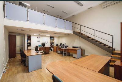 Коммерческая недвижимость салона красоты 570 м² в Одессе на Дерибасовская | Hiworking.com